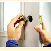 Locksmith in Maple